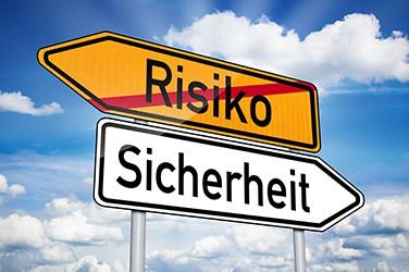 Hinweisschild Risiko und Sicherheit Seminar-Organisation Fuchs